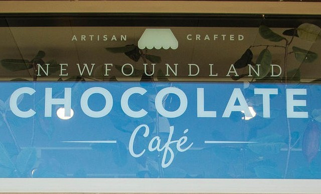 Chocolate Co Cafe white vinyl lettering